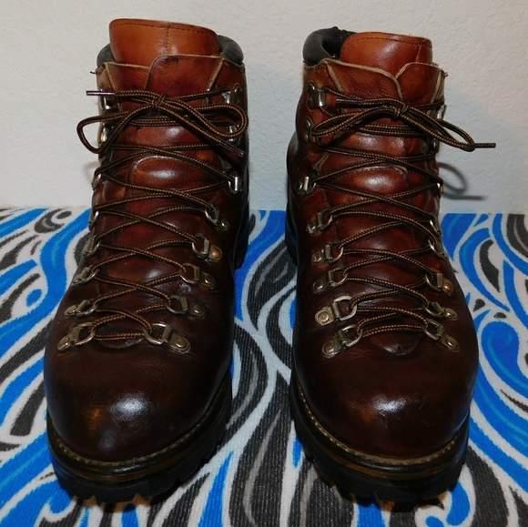 257bb9f9ee478 Vintage Red Wing Irish Setter Sport Boots. 10D